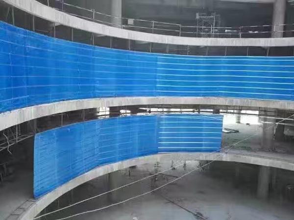 大跨度异型折叠提升式无机布防火卷帘