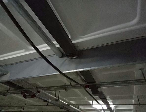 固定式柔性挡烟垂壁一角